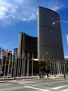 Toronto City Hall.  Cool building!!
